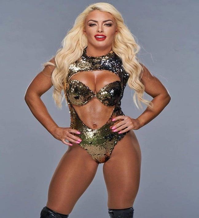 WWE Star Mandy Rose Amanda Saccomanno