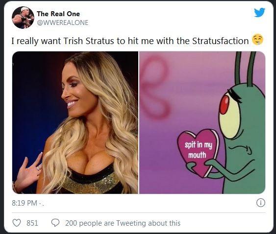 Trish Stratus tending 2